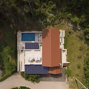 Overview Villa Azzurro, lots of space and  large terraces